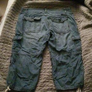 UNIONBAY Pants - Cute Jean cropped cargo pants sz 11
